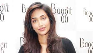 Jiah Khan to go sexy?