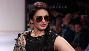 Huma Qureshi walks at LFW!