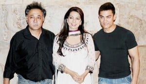 Aamir Khan and Juhi Chawla get together to celebrate 25 years of Qayamat Se Qayamat Tak