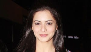 DEKHA EK KHWAAB: Aamna Sharif to replace Aruna Irani and gang?