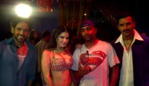 Sunny Leone's item girl look in Shootout at Wadala: Do you like her desi avatar?