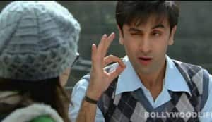 BARFI! song: Ranbir Kapoor makes Ileana D'Cruz fall in love with Main kya karoon
