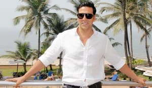 Akshay Kumar pays Rs 18 crore advance tax for this year!