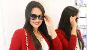 Sonakshi Sinha off to Paris Fashion Week