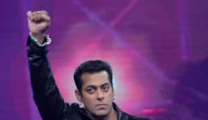 Bigg Boss 5: Salman Khan defends Pooja Bedi