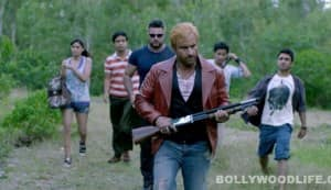 Go Goa Gone song Khushamdeed: Saif Ali Khan, Kunal Khemu, Vir Das and Pooja Gupta hunt for zombies in this melodious number!