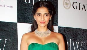 Sonam Kapoor: I'd like to work with Shahrukh Khan and Salman Khan, but Aamir Khan should direct me!
