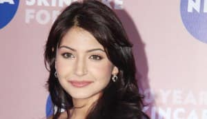Anushka Sharma agrees to do a cameo for Shahrukh Khan