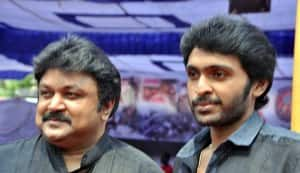 Director Saravanan upset with Vikram Prabhu?