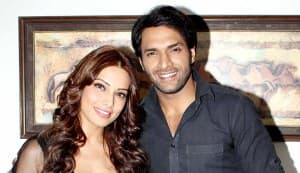 What was Bipasha Basu doing on the sets of Arjun?