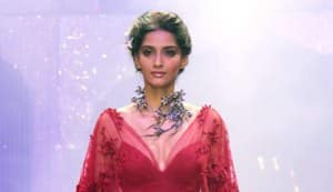 Sonam and Lara walk the ramp at IIJW