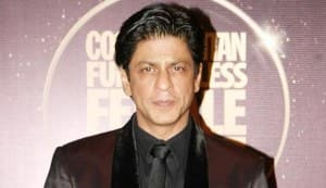 Shahrukh Khan voted red carpet icon of the year: BollywoodLife Awards 2012
