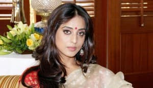 Mahie Gill: People only talk and don't give me work