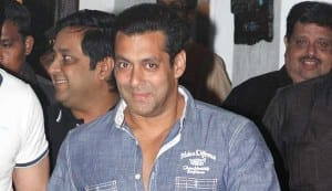 Salman Khan quits smoking!