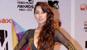 MTV Video and Music Awards, India: Priyanka Chopra goes 'vintage'; Anushka Sharma makes it edgy rock-chic