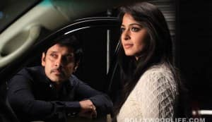 THAANDAVAM movie trailer: Vikram invokes curiosity