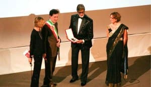 Amitabh Bachchan receives keys to the City of Florence: view pics