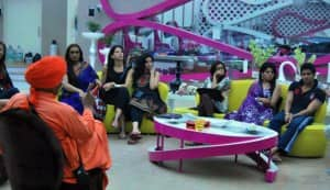 BIGG BOSS 5: Shraddha sends Amar to jail