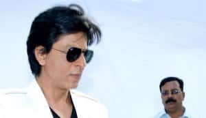 Shahrukh Khan dedicates birthday to dad!