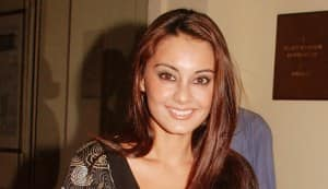 Minissha nabbed on the way back from Cannes