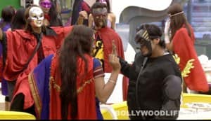 BIGG BOSS 5: Shraddha Sharma and Pooja Bedi face off