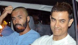 Aamir Khan is back from Hajj pilgrimage: view pics!