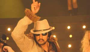 Sudeep trying to woo Vishnuvardhan fans?