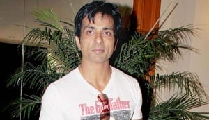 Sonu Sood undergoes major surgery, thanks fan for their prayers