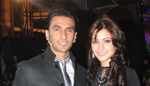 Is Ranveer trying to woo Anushka back?