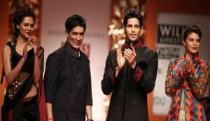 Sidharth Malhotra overshadows Esha Gupta and Jacqueline Fernandez at WIFW 2013!