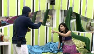 Are the fights on 'Bigg Boss 5′ actually fake?