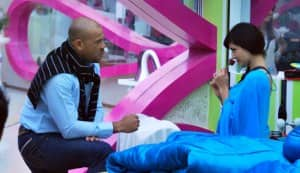 BIGG BOSS 5: Symonds proposes to Pooja Misrra!