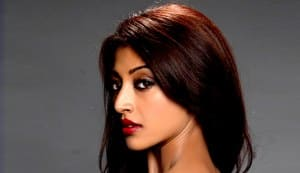 Vivek Agnihotri asks Paoli Dam to strip!