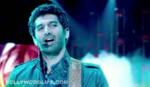 Aashiqui 2 song Sunn raha hai na tu: Aditya Roy Kapur hopelessly in love with Shraddha Kapoor