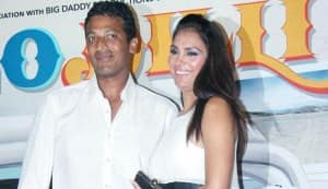 Stars say 'son' for Lara-Mahesh