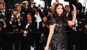Cannes 2013: Aishwarya Rai Bachchan steals the show – view pics!