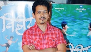 Atul Kulkarni: Language is not a criterion to do a film