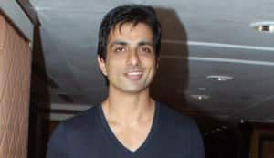 Sonu Sood all set to shake a leg with Mallika Sherawat